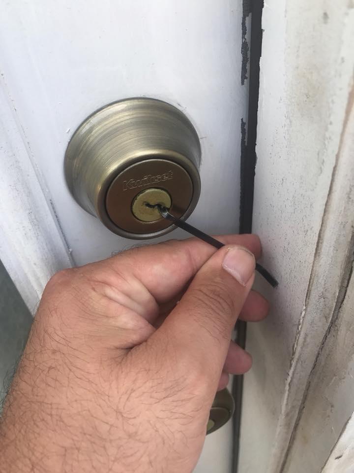 mobile pro locksmith home lockout